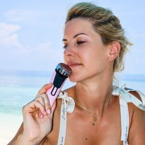 EMS ревитализиращо козметично устройство